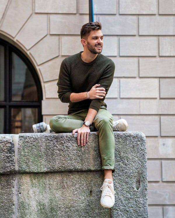 men's green pants outfits